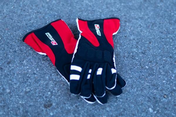 Závodnické rukavice